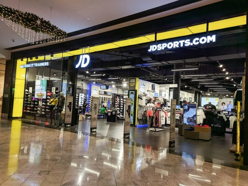 Drug dealer leaves behind £62,000 worth of cocaine at JD Sports, The Manc