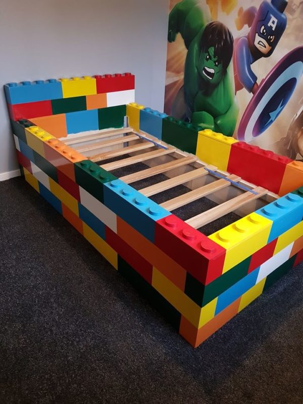 A man has built an unbelievable LEGO bed for his son from scratch, The Manc