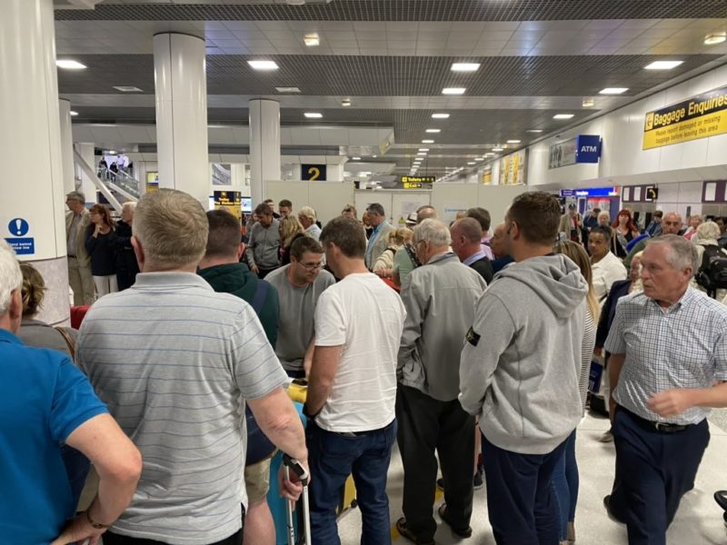 Busy scenes at Manchester Airport arrivals as Brits return home, The Manc