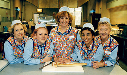 You can now watch beloved Manc show Dinnerladies on Netflix, The Manc
