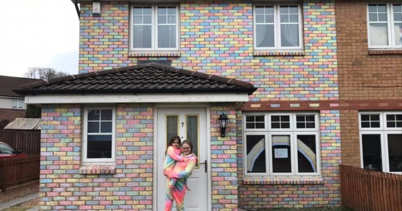 Family transform the front of their home using chalk and it looks amazing, The Manc