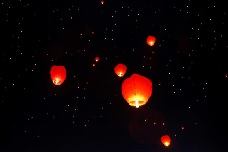 People urged NOT to light sky lanterns in show of support for NHS, The Manc