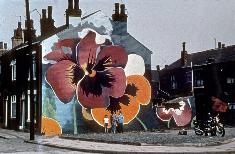 Fascinating 1970s photos give a complete snapshot of old Manchester, The Manc