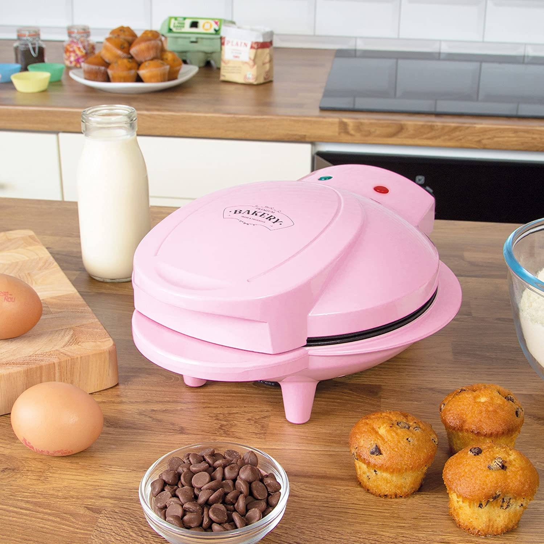 This mini cupcake maker bakes fresh, bite-sized cakes in minutes, The Manc