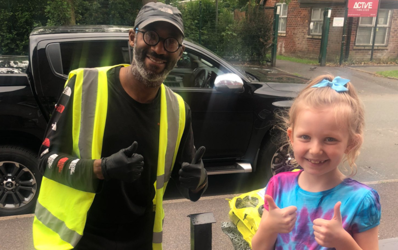 Little girl from Ashton-under-Lyne forms heartwarming lockdown friendship with deaf delivery driver, The Manc