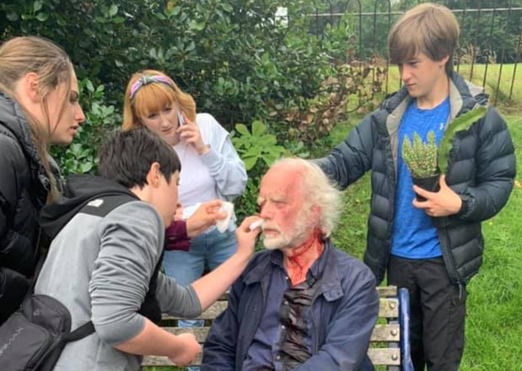 Group of teens in Liverpool give first aid to pensioner attacked in park, The Manc
