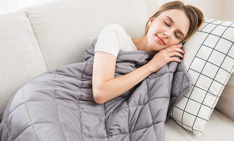 This weighted 'anti-anxiety therapy blanket' will help you get a better nights sleep, The Manc