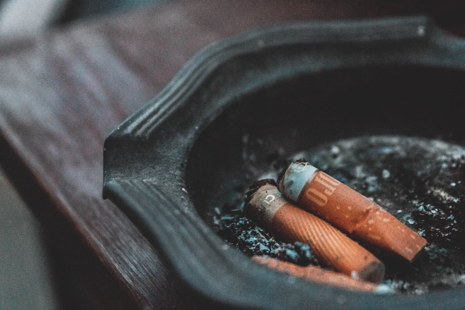 Outdoor smoking ban scrapped – with venues urged to create separate seating areas instead, The Manc