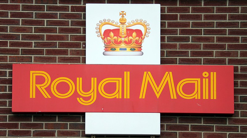 Outbreak of coronavirus confirmed at Manchester Royal Mail sorting office as 19 staff test positive, The Manc