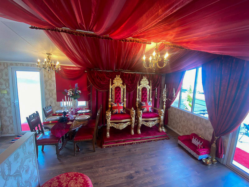 You can now staycation in a Buckingham Palace themed royal caravan in Yorkshire, The Manc