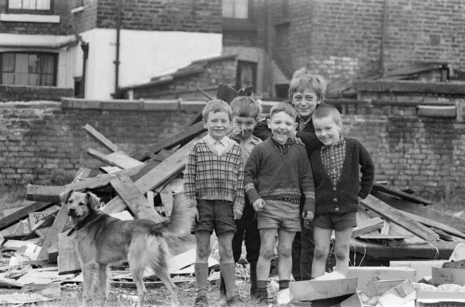 A snapshot in time: Photographer shares images captured in 1970s Manchester, The Manc