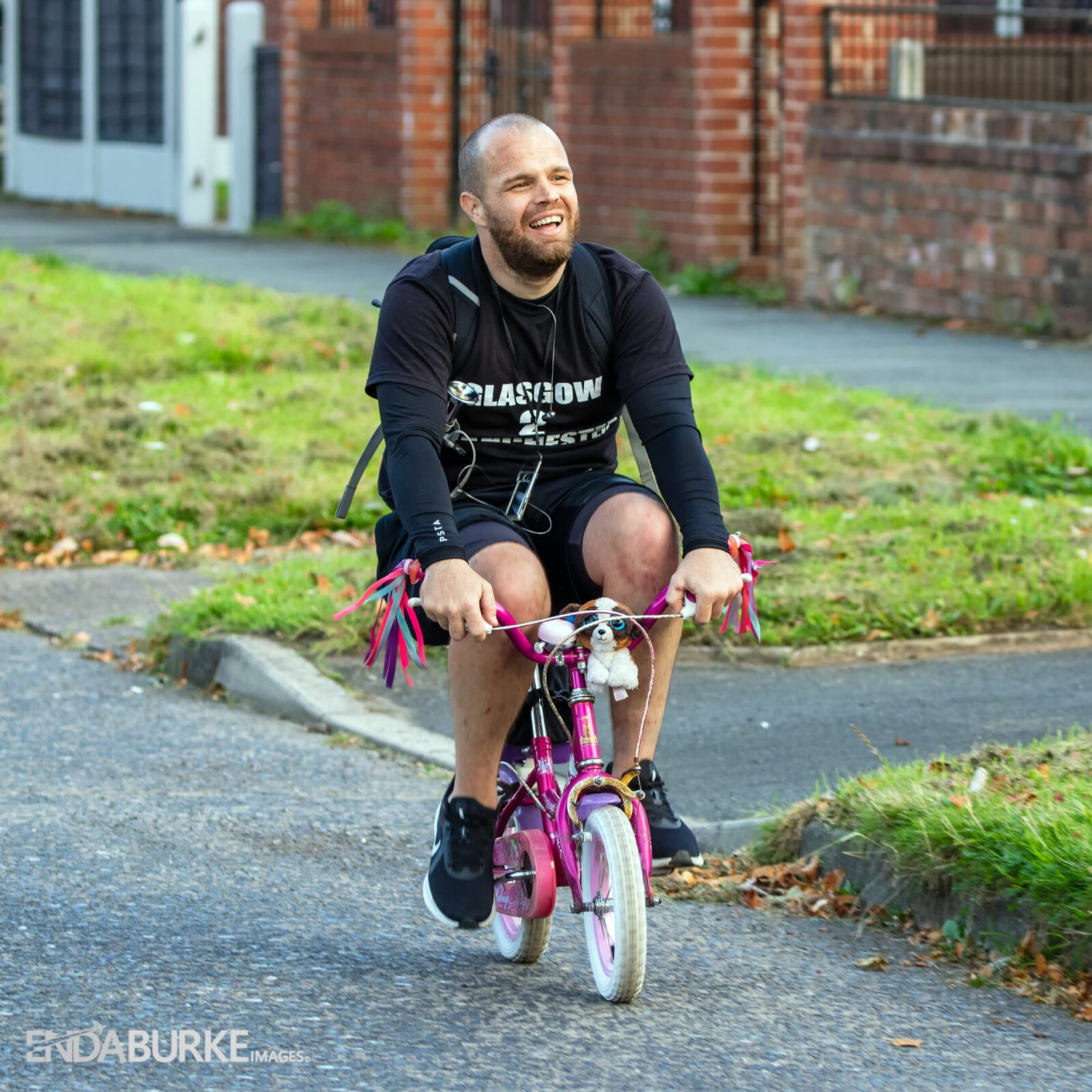 This is what it's like to cycle from Glasgow to Manchester on a little pink bike, The Manc