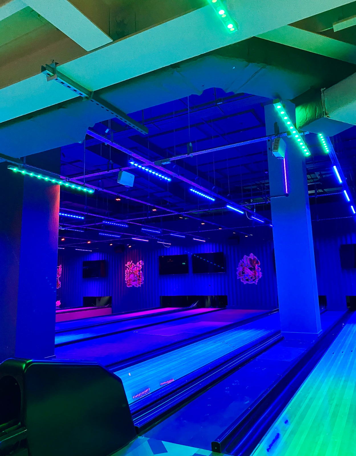Tenpin venue with 12 lanes, arcade and American-style diner opening in Printworks this week, The Manc