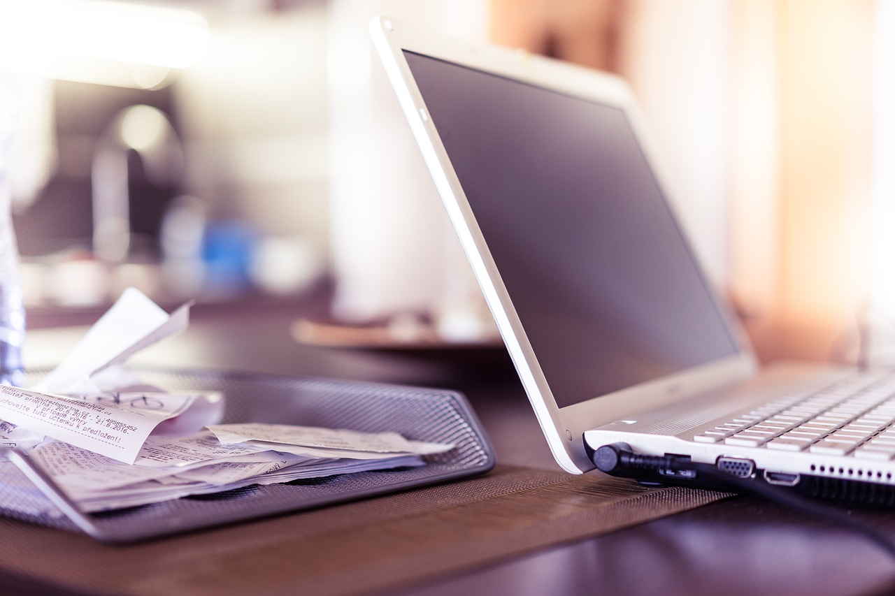 People working from home can claim an extra £6 per week from HMRC towards additional costs, The Manc