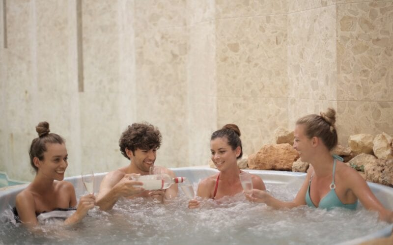 Police warn public about the hot tub scam that has bubbled up during the pandemic, The Manc
