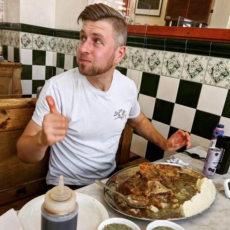 British man demolishes 18 pies in under an hour in huge eating challenge, The Manc