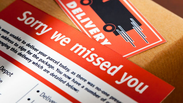 Royal Mail warn Brits about scam that swipes £315 from victims' bank accounts, The Manc