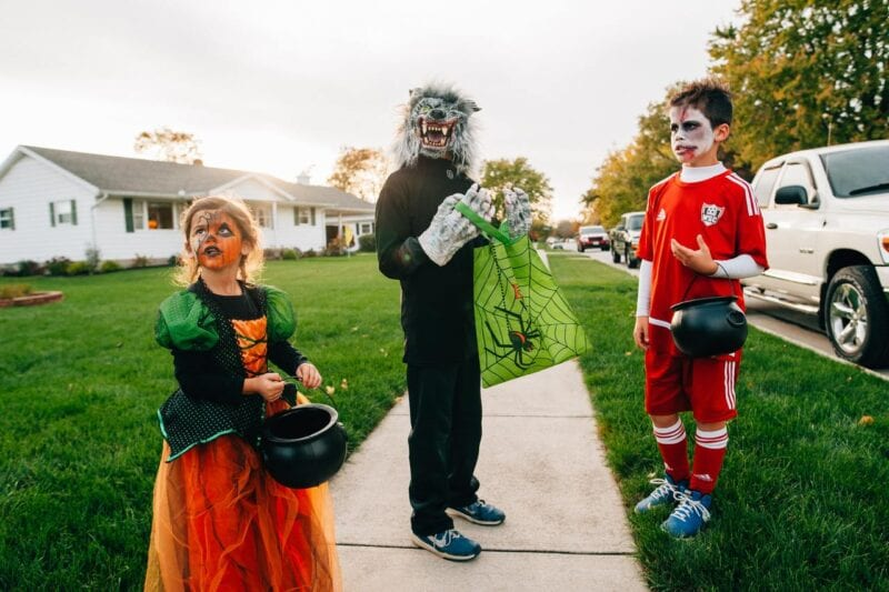 Trick or treating banned in lockdown areas as it constitutes household mixing, The Manc