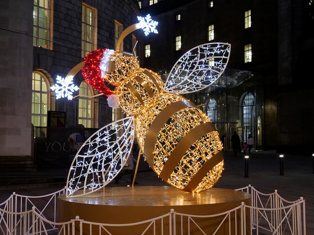 Manchester's Christmas lights will be switched on by NHS key workers tomorrow, The Manc
