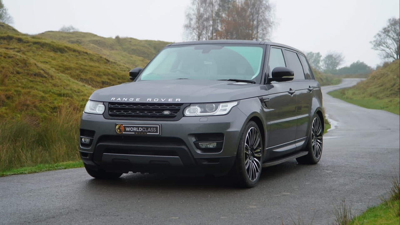 This company is raffling off an Escort RS Turbo and a Range Rover Sport for Black Friday, The Manc