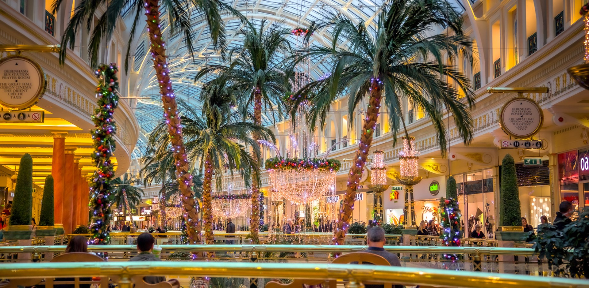 Trafford Centre advises Christmas shoppers to 'plan their visit' next month, The Manc