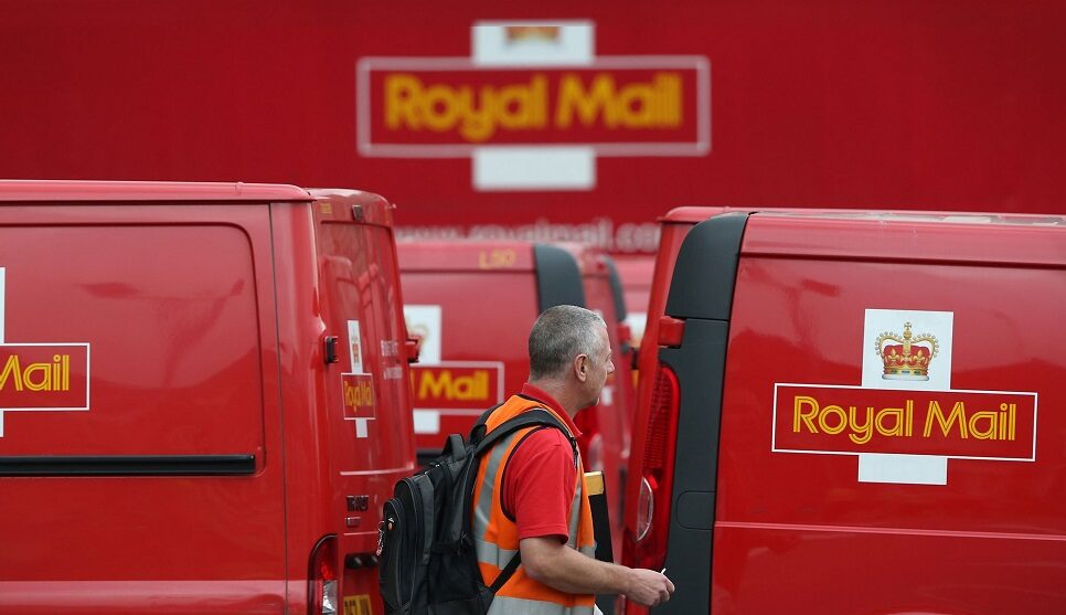 Police warn public of new 'Royal Mail' redelivery email scam, The Manc