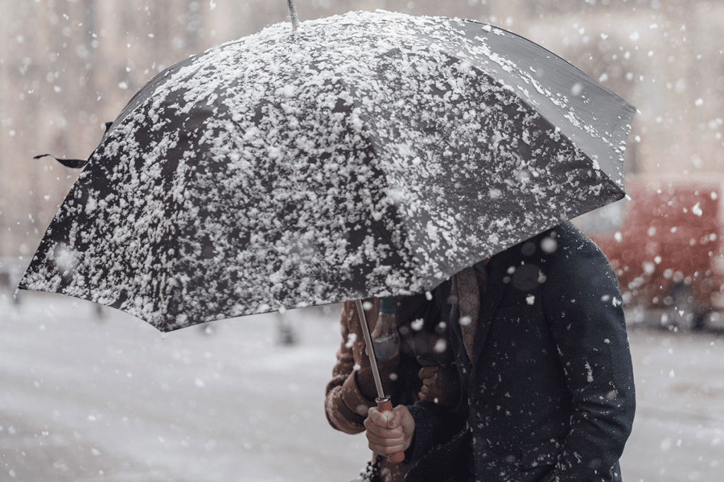Snow forecast across Greater Manchester tonight with temperatures set to fall to -1°C, The Manc