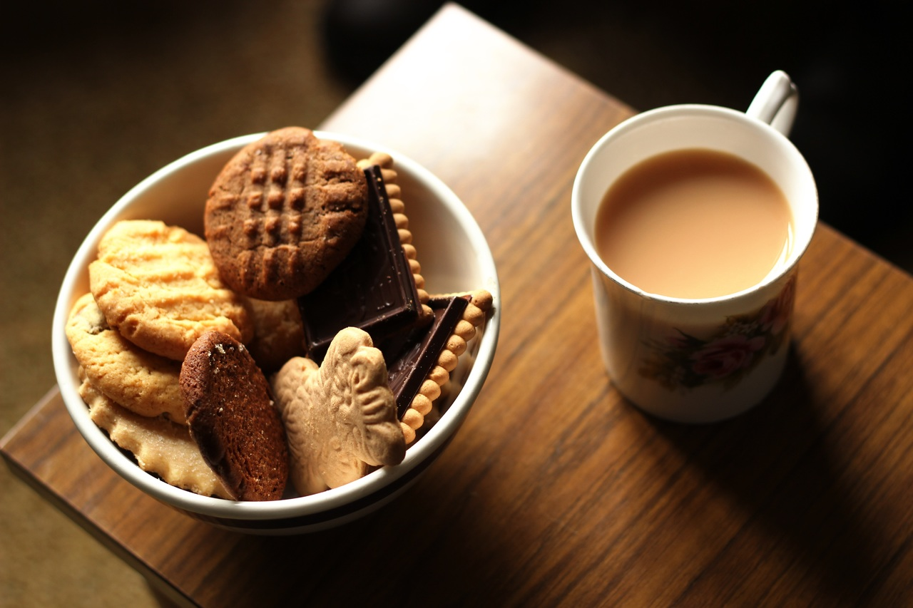 Wigan man fined for having a cup of tea with his mate during lockdown, The Manc