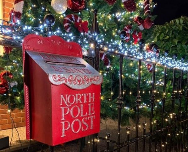 Audenshaw's famous Christmas house raises over £2,000 in a week for charity, The Manc