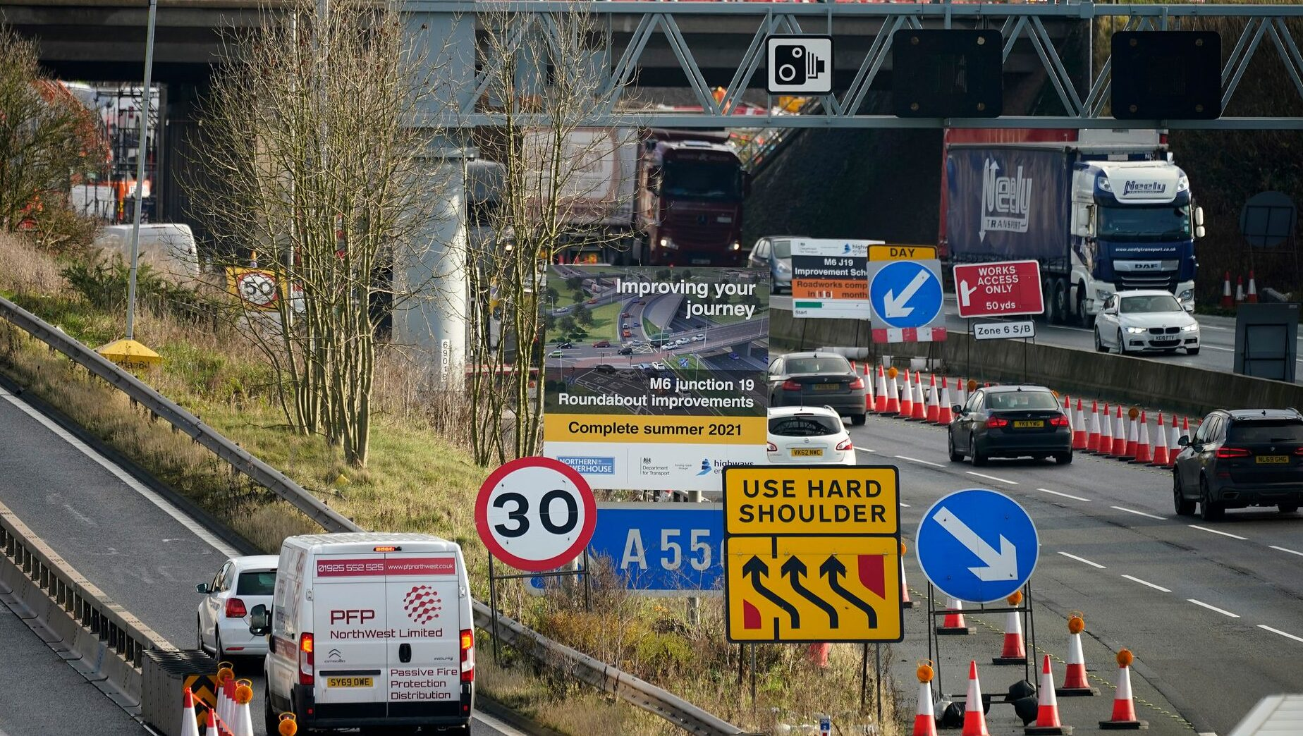 Nearly 800 miles of UK roadworks will be cleared to avoid Christmas travel chaos, The Manc