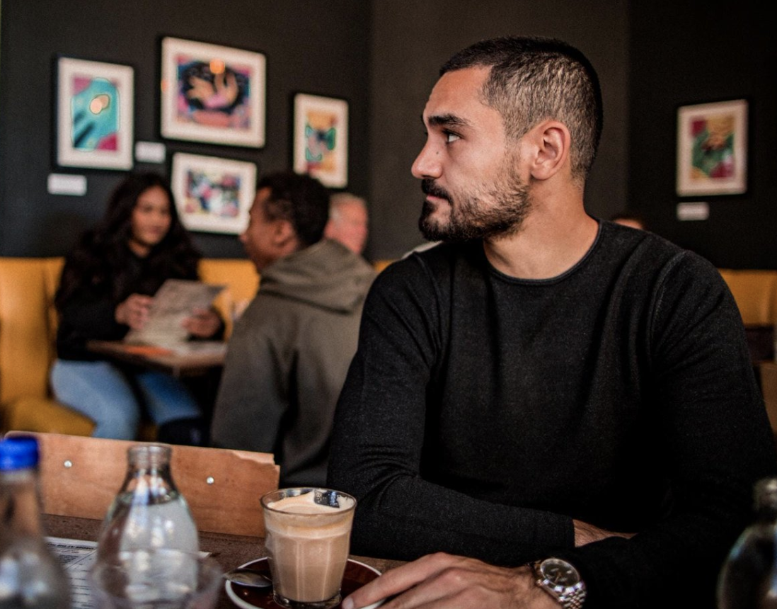 Man City star Ilkay Gündogan steps in to help save local cafes and restaurants, The Manc