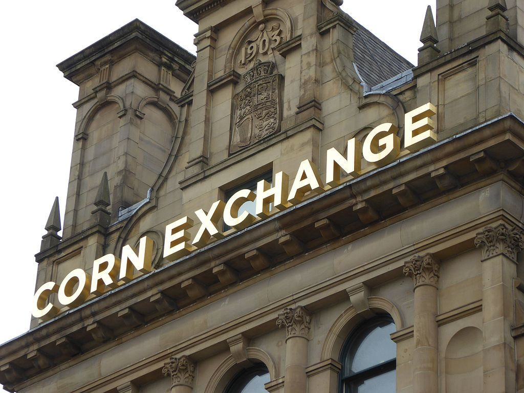 A love letter to Manchester: Mancsy paints Valentine's Day mural at Corn Exchange, The Manc