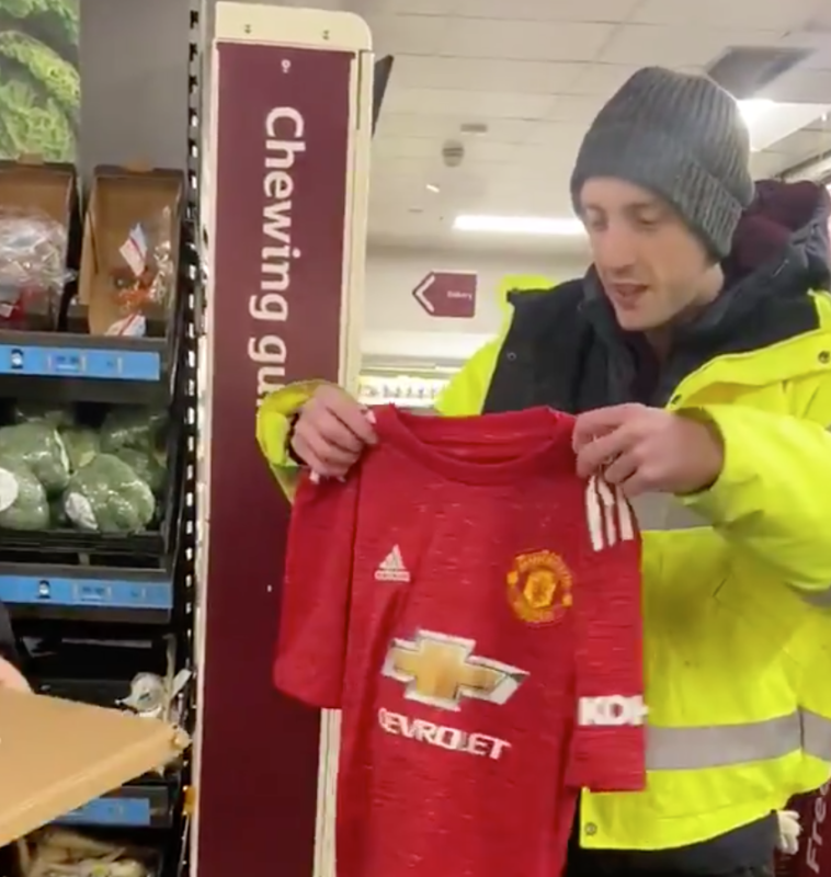 Heartwarming moment autistic Sainsbury's worker is surprised by colleagues after he was mugged, The Manc
