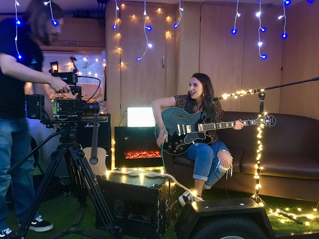 This company will bring their pop-up caravan stage and recording studio to you, The Manc