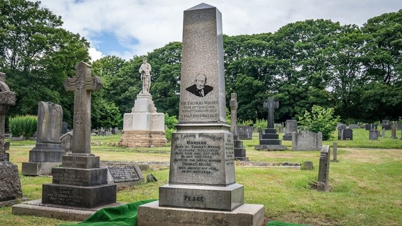 Captain Sir Tom Moore laid to rest in Yorkshire with wonderful headstone message, The Manc