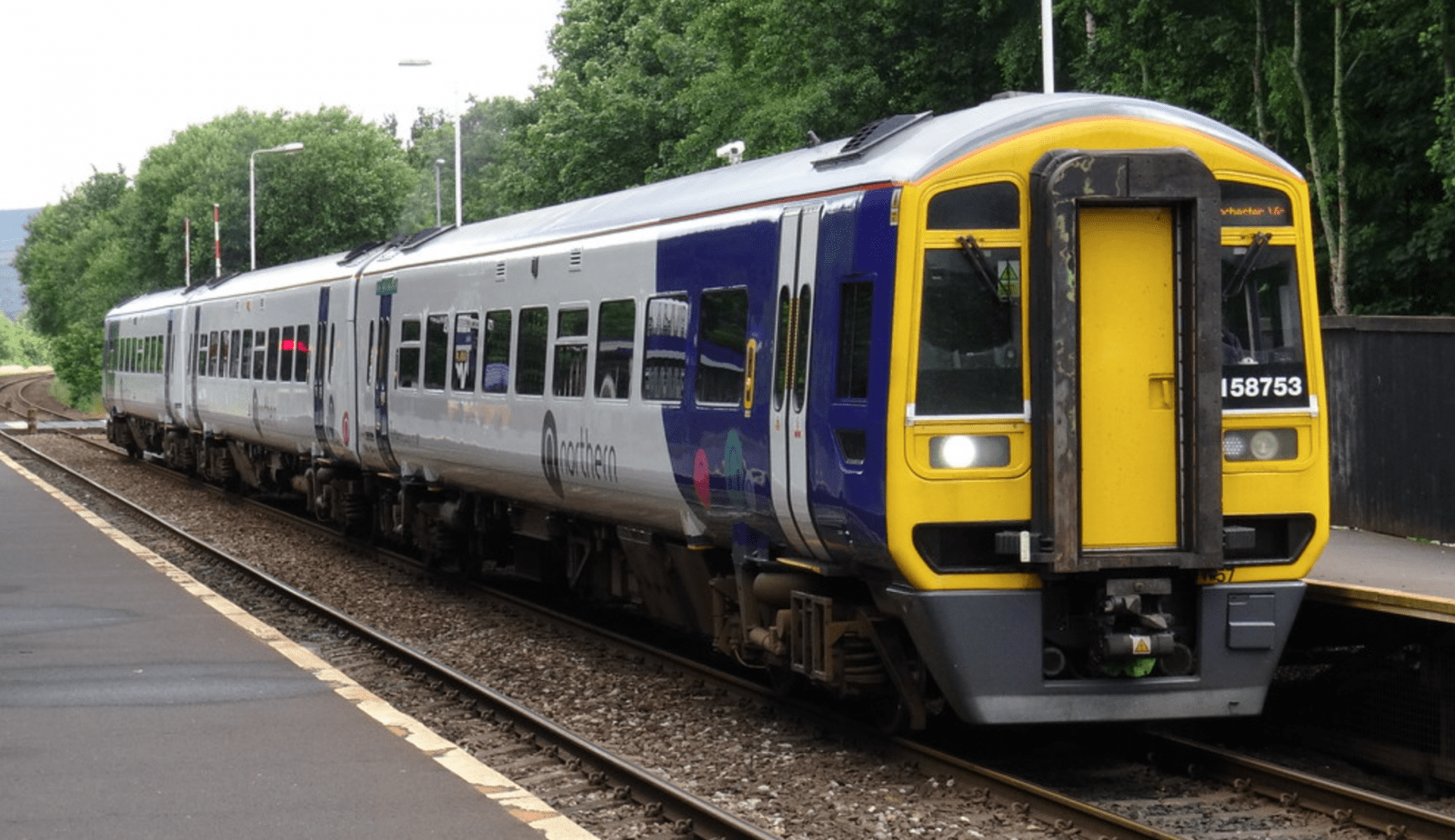 Rail delays in Manchester caused by helium balloon tangled in 25,000-volt electric cable, The Manc