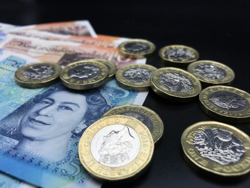 UK minimum wage to rise to £9.50, the Treasury has confirmed, The Manc