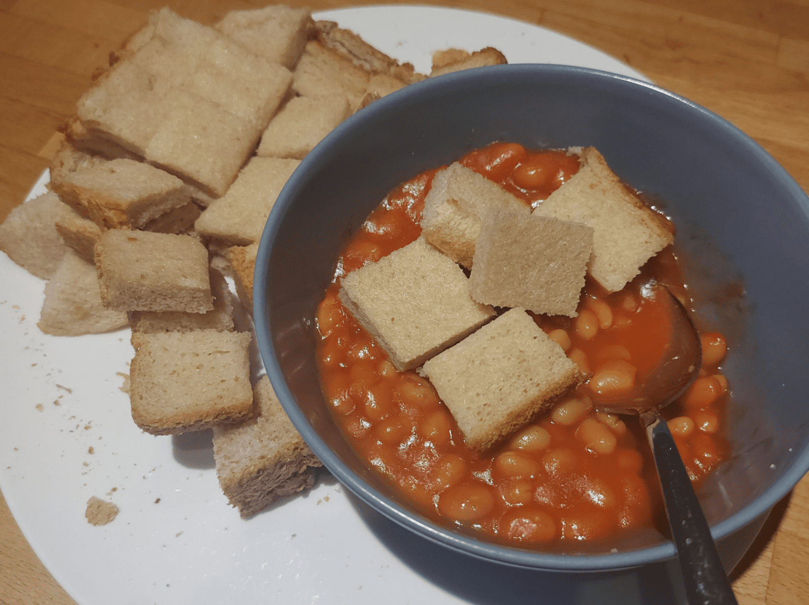 People are kicking off at this 'controversial' picture of beans on toast online, The Manc